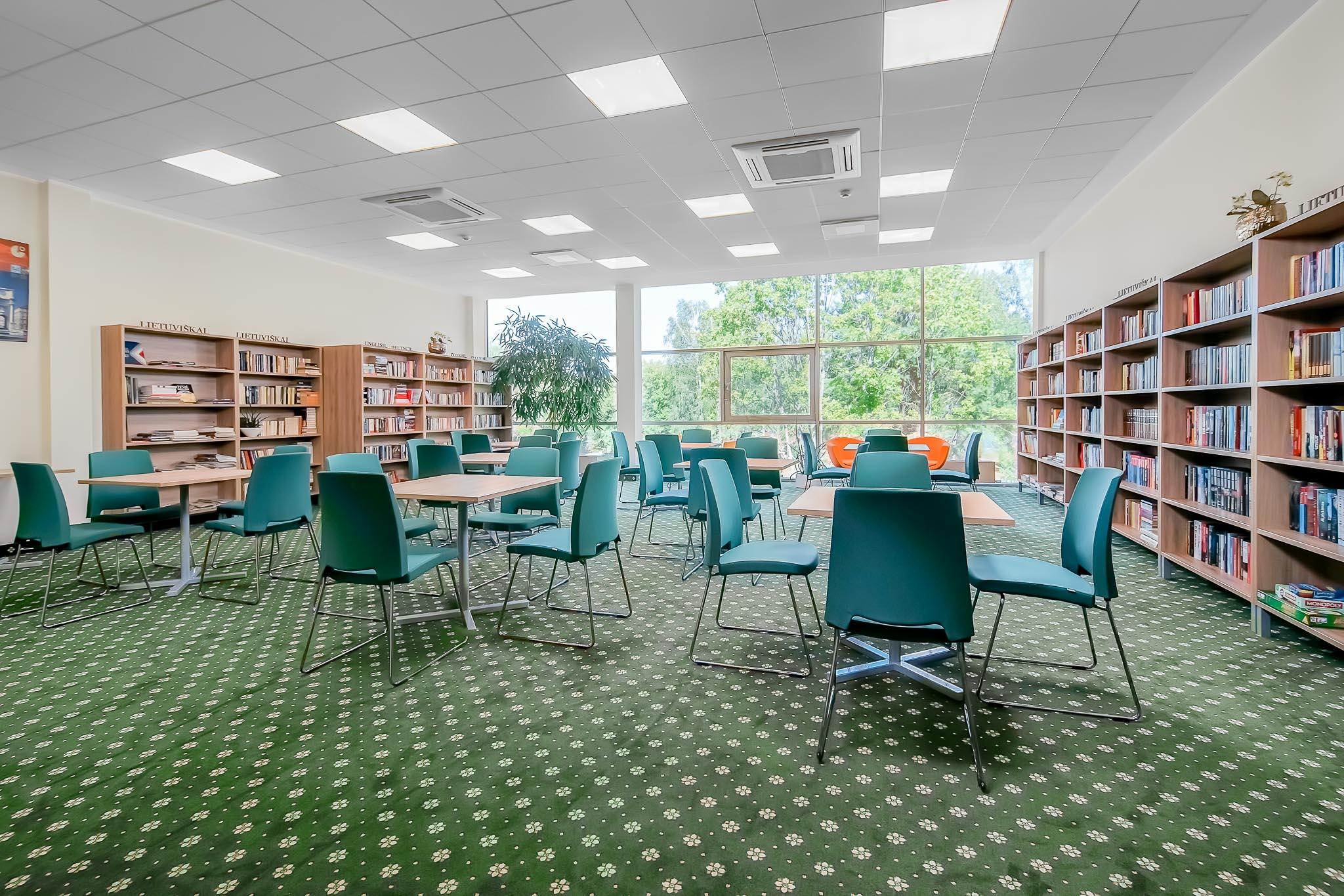 Bibliotekos Sale
