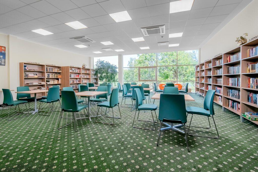 Bibliotekos Salė