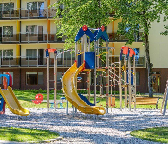 Lauko žaidimų aikštelė Eglės sanatorija